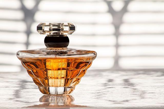 Prendre le temps d'essayer les parfums mixtes